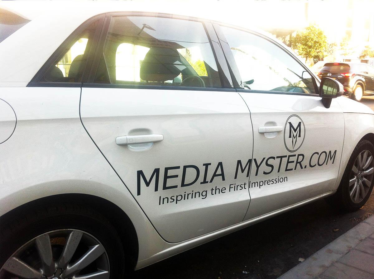 מדבקות לרכב media